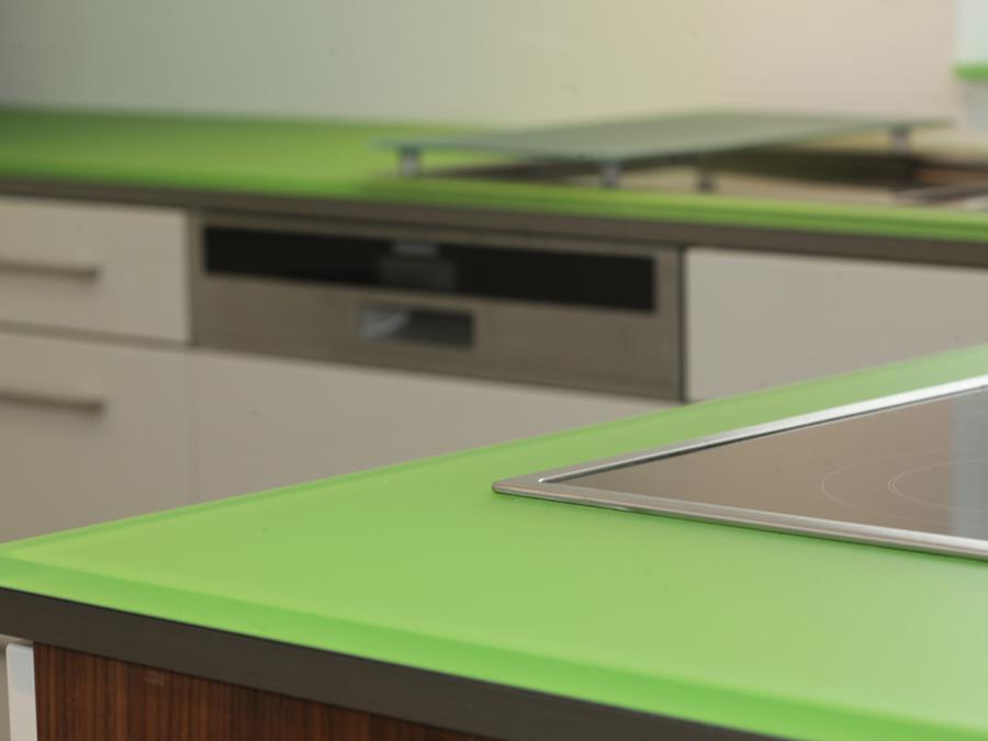 k che und wohnen glasplatten reli glastechnologie. Black Bedroom Furniture Sets. Home Design Ideas