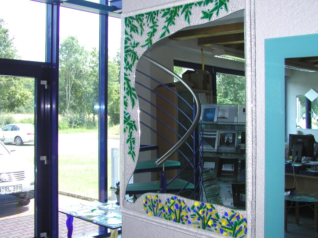 glasspiegel kuche kommode antik spiegelglas glasschrank glaskommode rokoko glasspiegel kuche. Black Bedroom Furniture Sets. Home Design Ideas